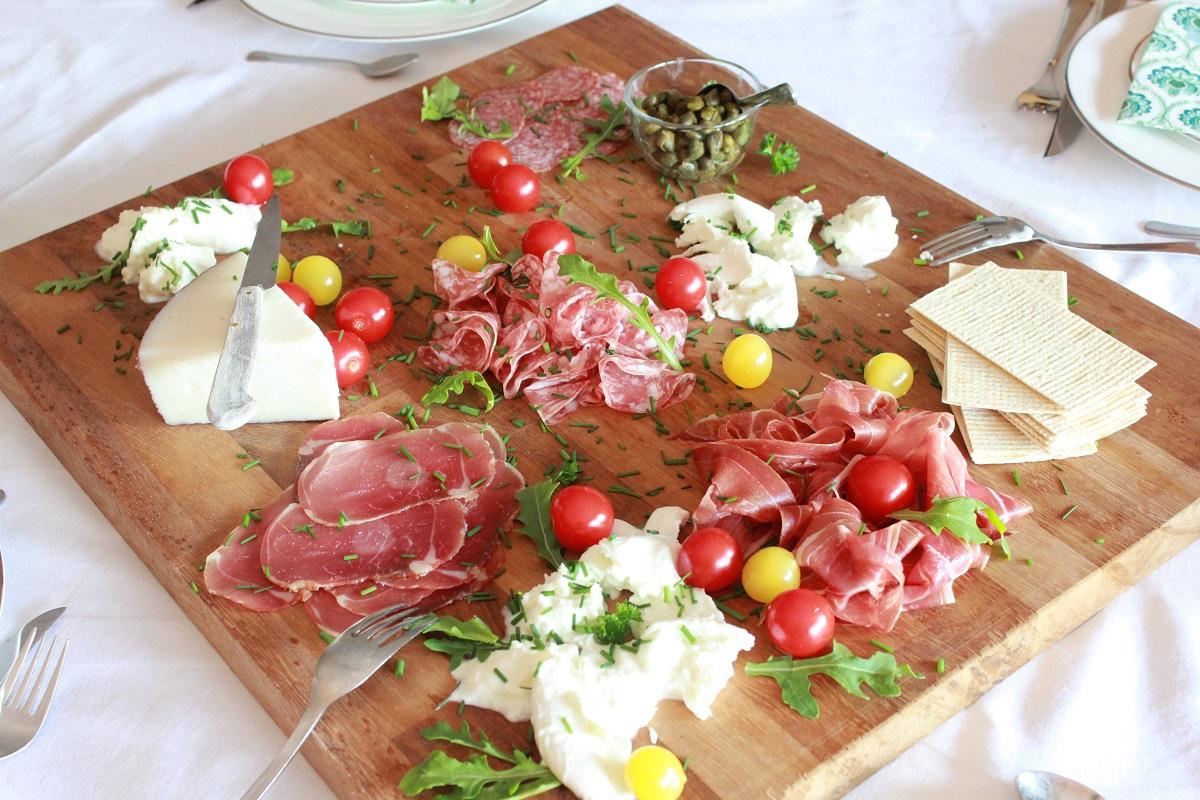 Forrett - oster og skinker