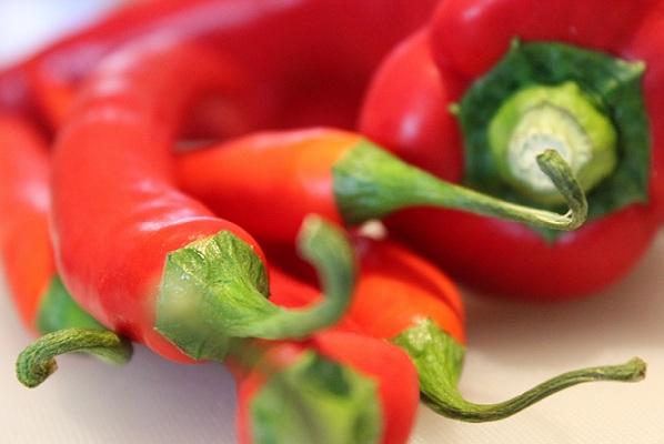 Rød og heit salat