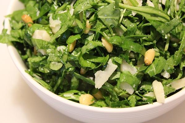 Salat med ruccola og spinat