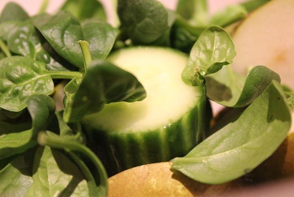 Pære- og agurksmoothie
