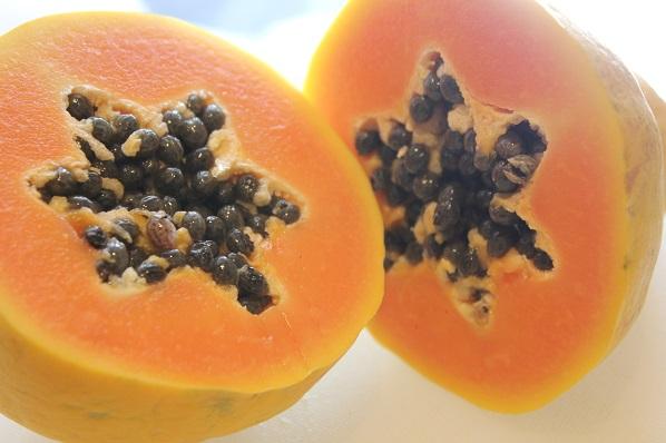 Tomatsuppe med nepe og papaya