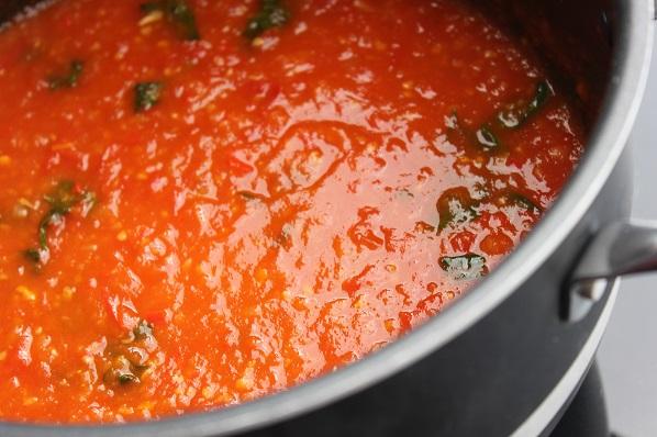 Hjemmelaget tomatsaus1