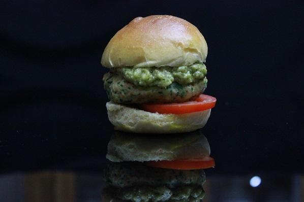 Lakseburger med spinat