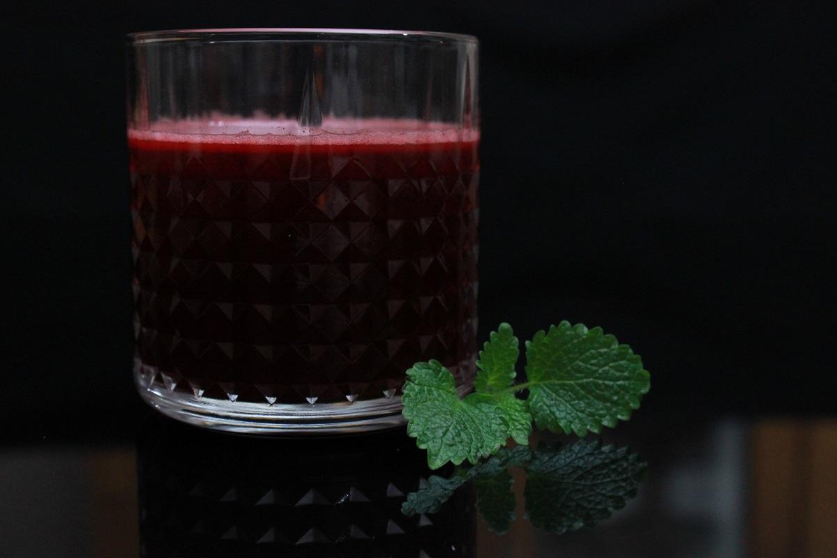 Rødbete- og eplejuice