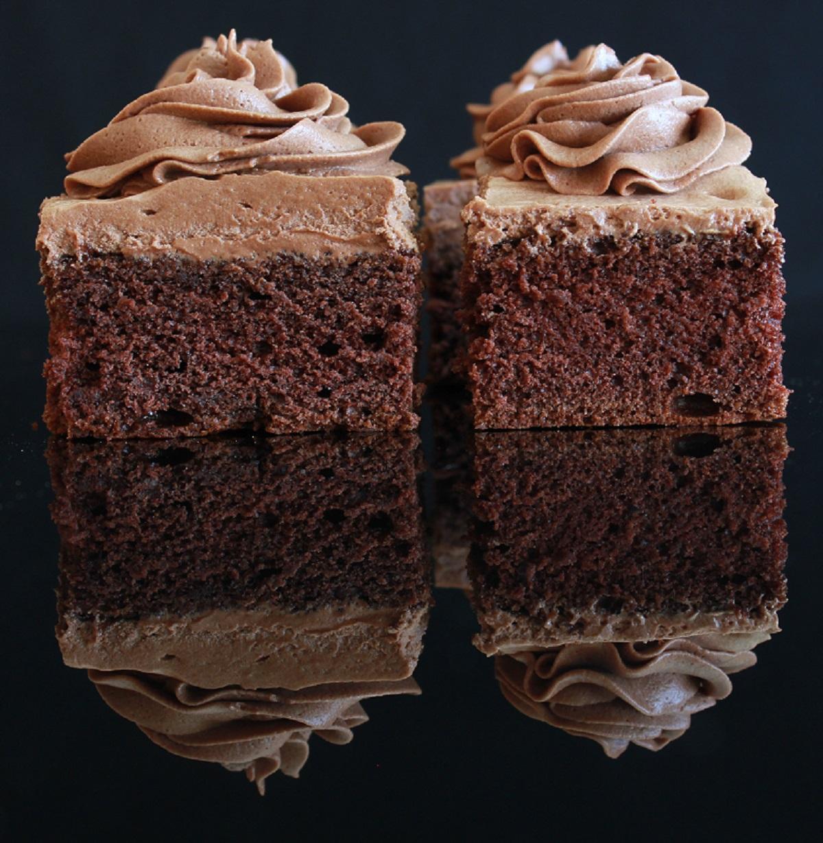 Sjokoladekake i liten langpanne