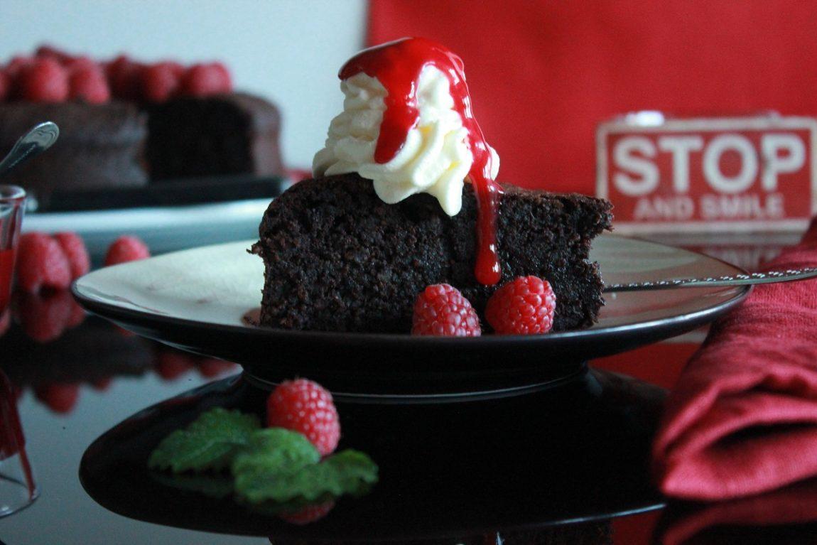 Torta Caprese - saftig sjokoladekake med mandler