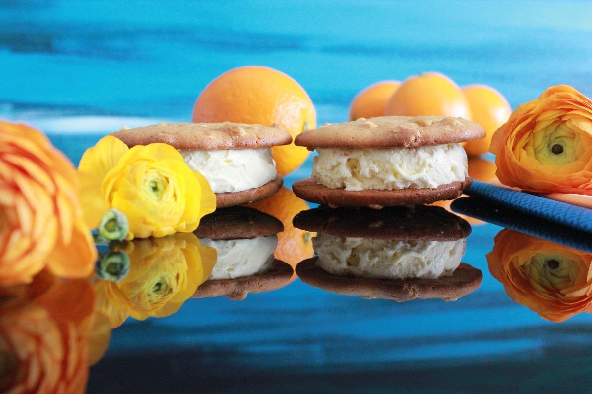 Appelsin- og ingefærcookies med hvit sjokolade