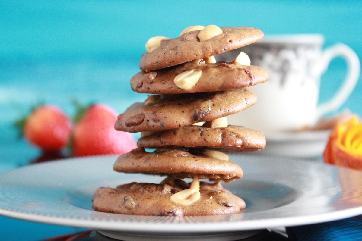 Sjokoladecookies med øl og peanøtter