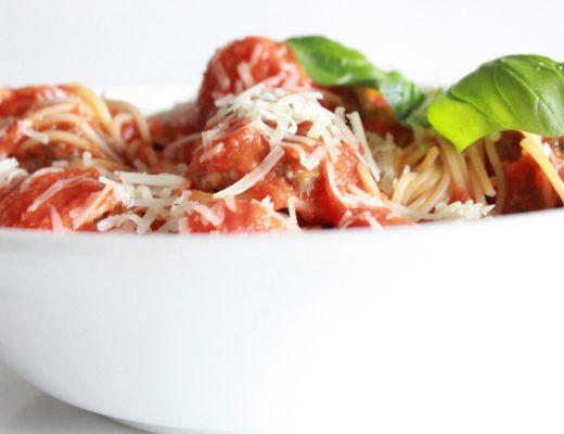 kjottboller-i-tomatsaus