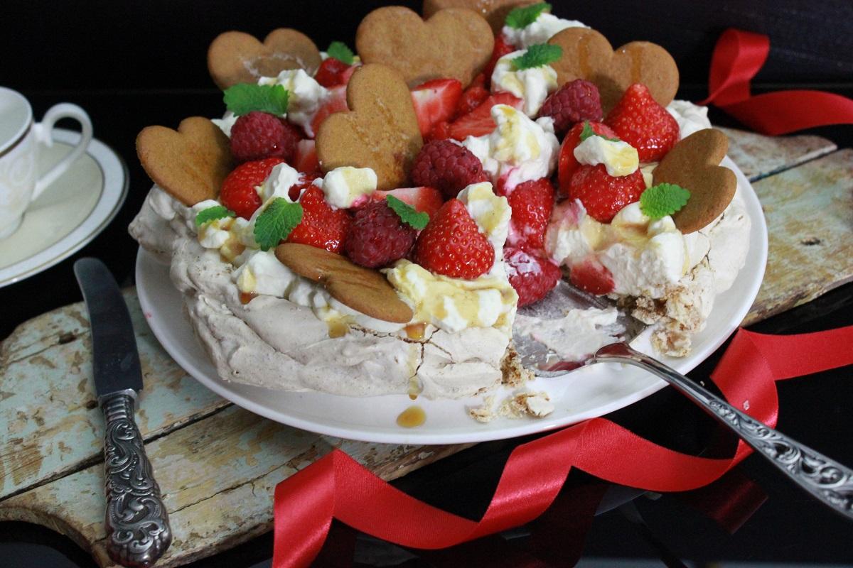 julepavlova-med-pepperkaker