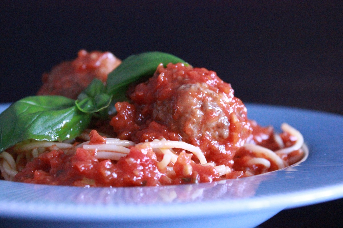 Italienske kjottboller i tomatsaus