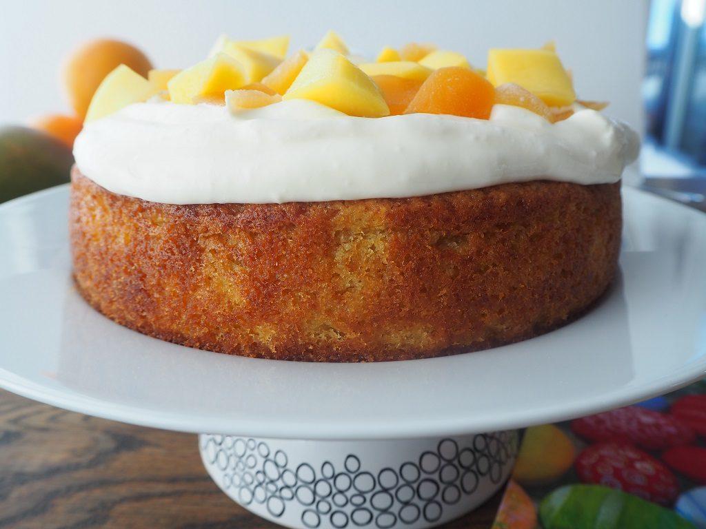 Paskekake med mango og appelsinkrem