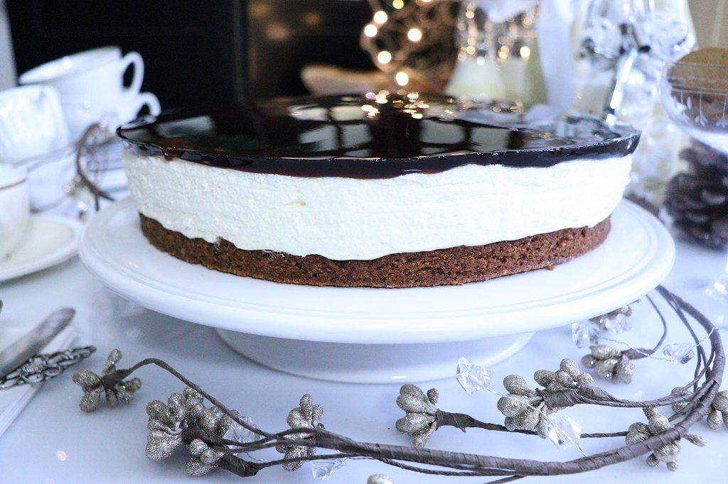 Ostekake med julesmaker - pepperkake og gløgg - pepperkakebunn og gløggtopp - gele med gløgg - juleostekake