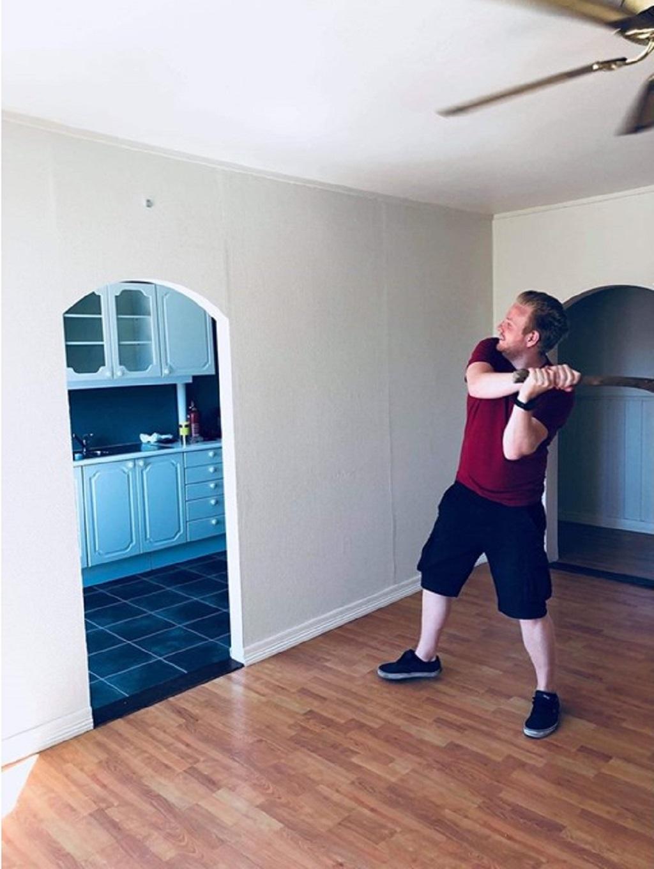Oppussing av leilighet - Klar for riving av kjøkkenvegg