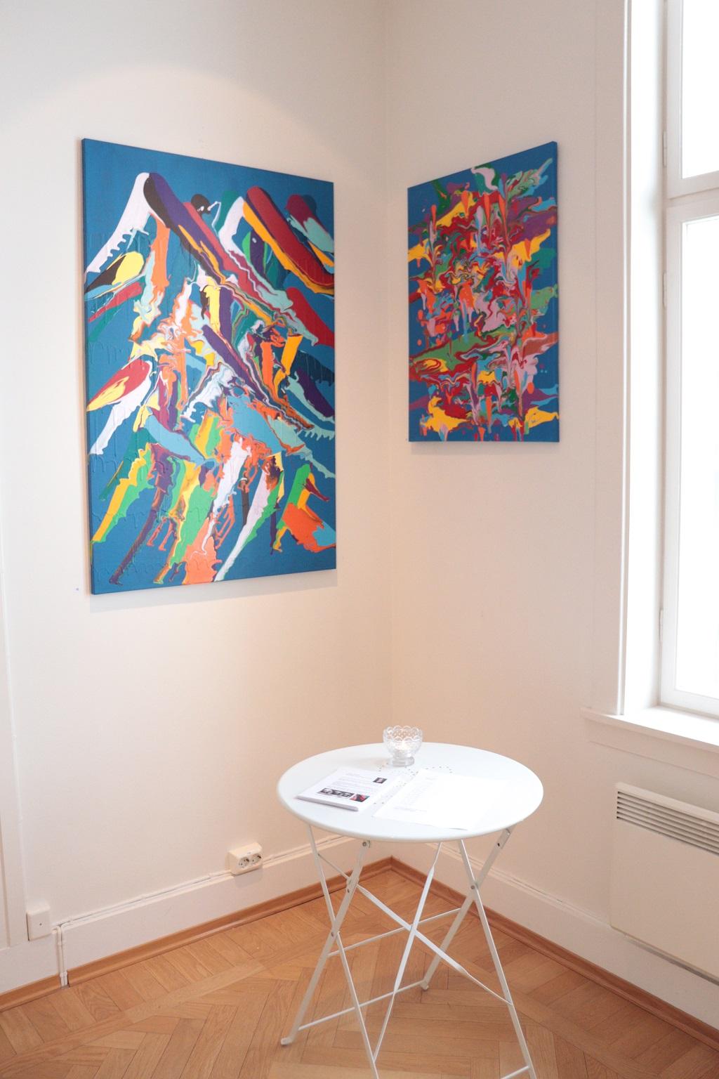 Kunstutstilling - Tove Holter - Måkeskrik og lek med farger