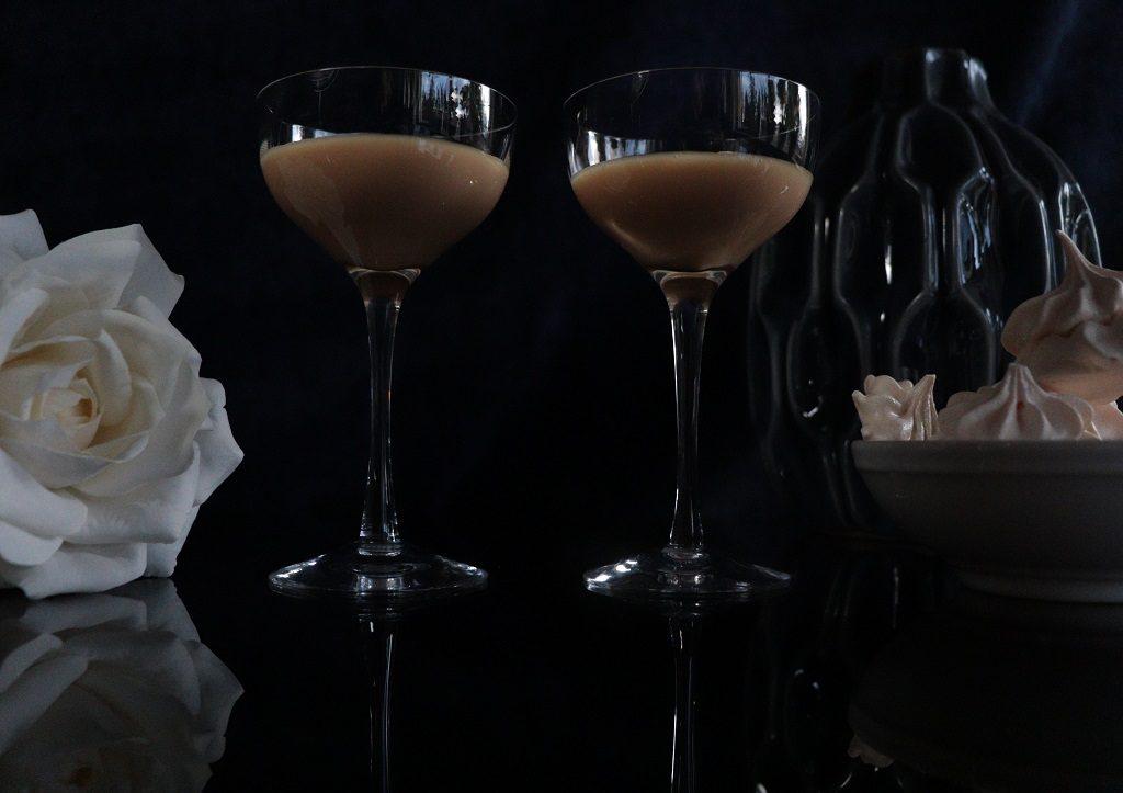 Karamellikor - likor med karamellsmak - brunostlikor - Oppskrift Idefull Tove Holter - Inspirert av Tove