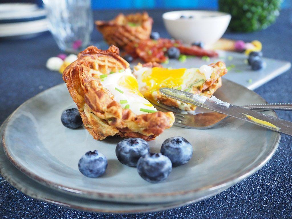 Vaffel med egg og bacon - frokostvaffel - Oppskrift Idefull - Inspirert av Tove Holter